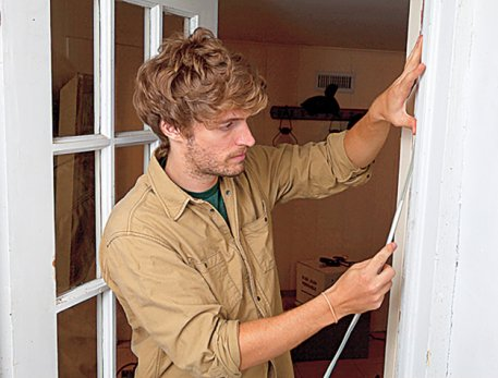 weatherstripping-a-door